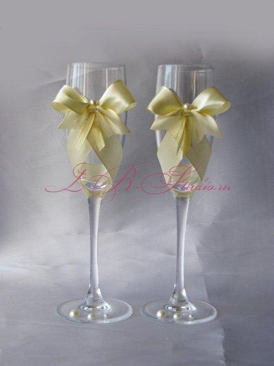 Идеи для оформления свадебных бокалов своими руками